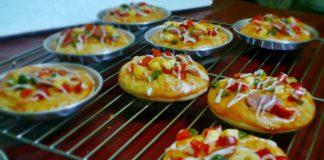 Pizza Mini Murah Meriah by Royya Heranti
