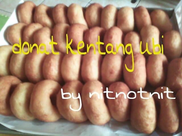Donat Kentang + Ubi by Nitnotnit C. Alfi