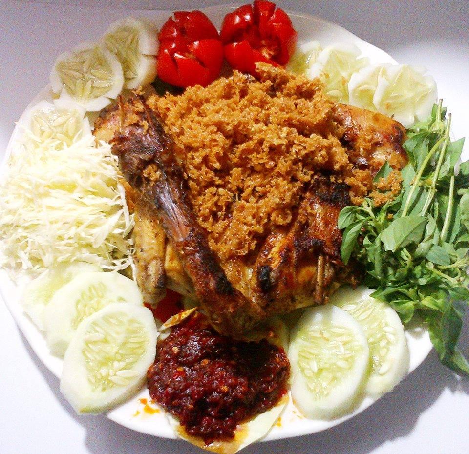 Ayam Kalasan by Chen May Liang