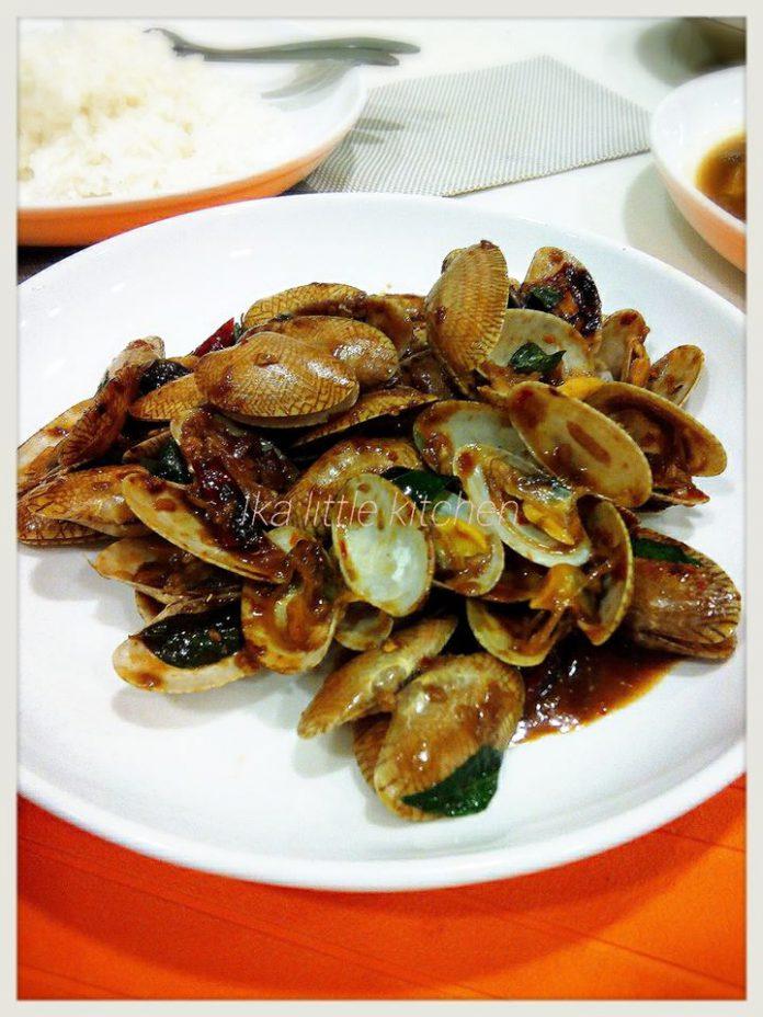 Kerang Masak Kam Heong by Ika Sally