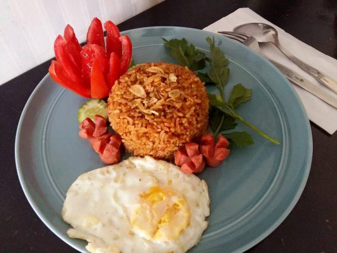 Nasi Goreng ala Resto by Susianne Flo S
