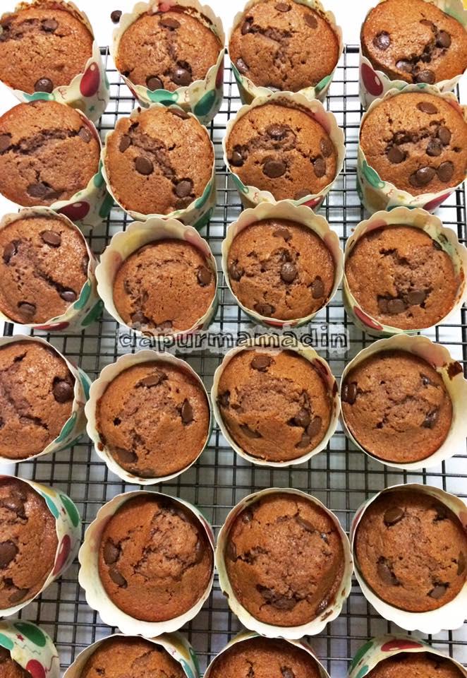 Banana Chocolate Muffin by Dinny-nya Didin