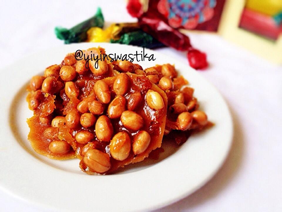 Ampyang Kacang by Yiyin Swastika