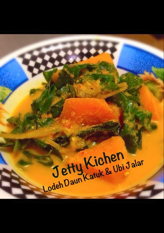 Lodeh Daun Katuk & Keledek(ubi jalar) by Jetty Anfarz
