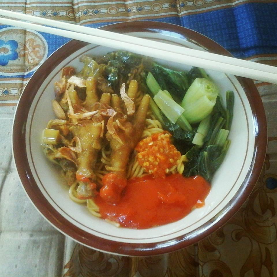 Mie Ayam Ceker by Dian Hardiyana