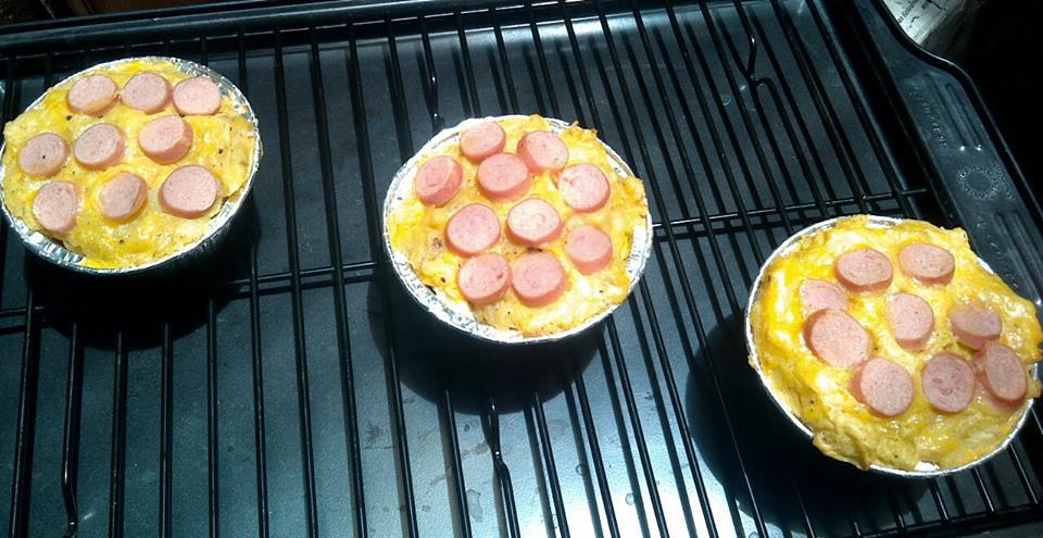 Pastel Tutup by Fe Cake N Brownies