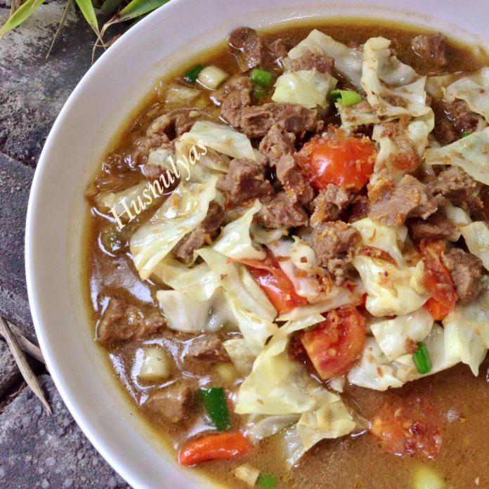 Tongseng Sapi (tidak pakai santan) by Husnul Chatimah