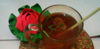 Ginger Lemongrass (with Strawberry Syrup) by Trissa Tampeng
