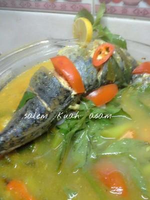 Ikan Salem Kuah Asam by Catharina Maria Sri Sumarti