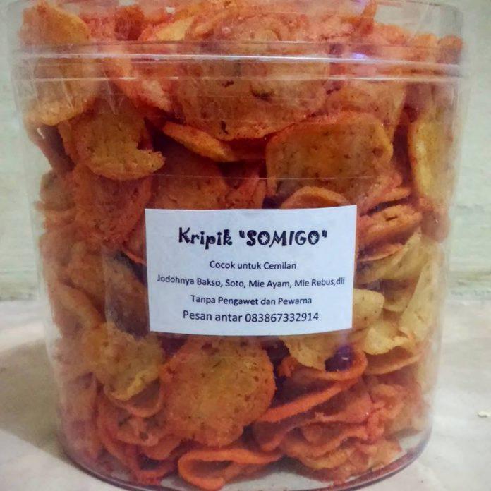 Kripik SOMIGO (bakso mie goreng) by Desthy