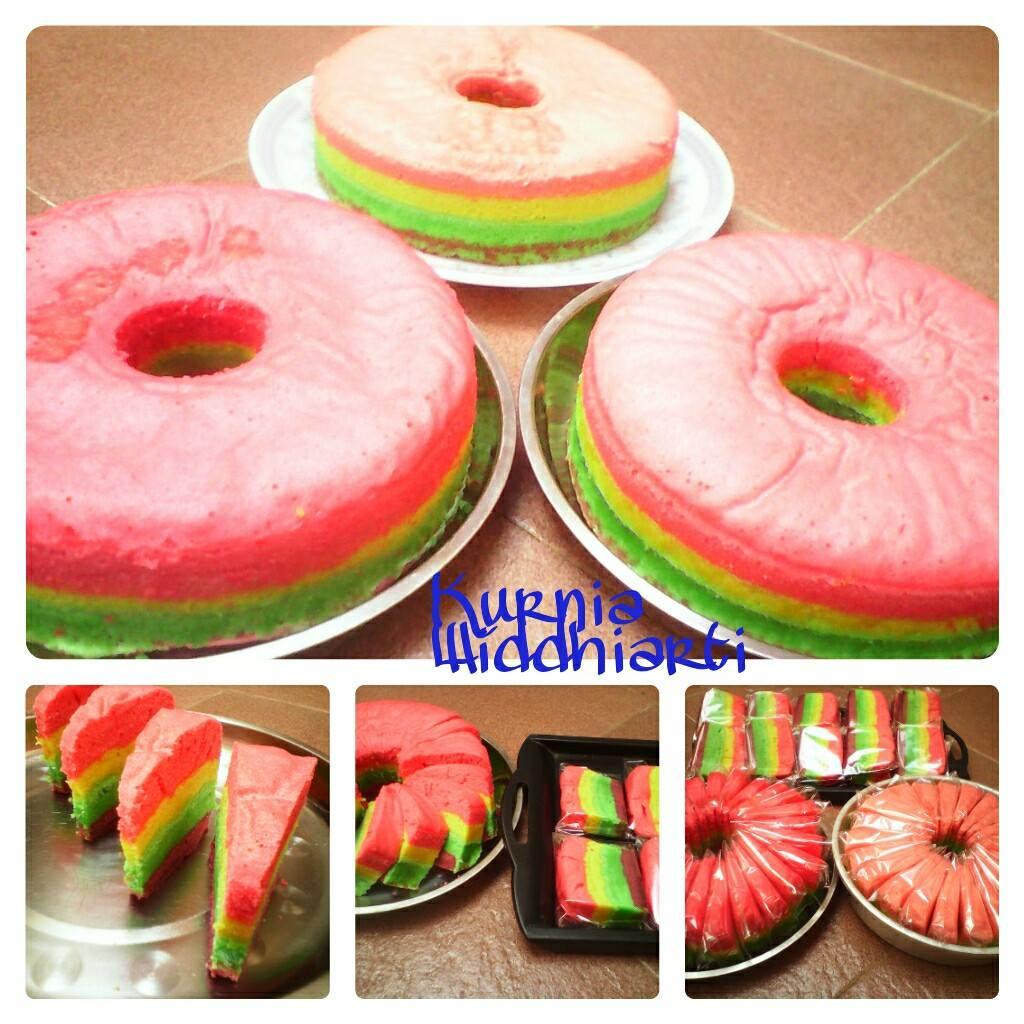 Rainbow Cake Kukus by Kurnia Widdhiarti