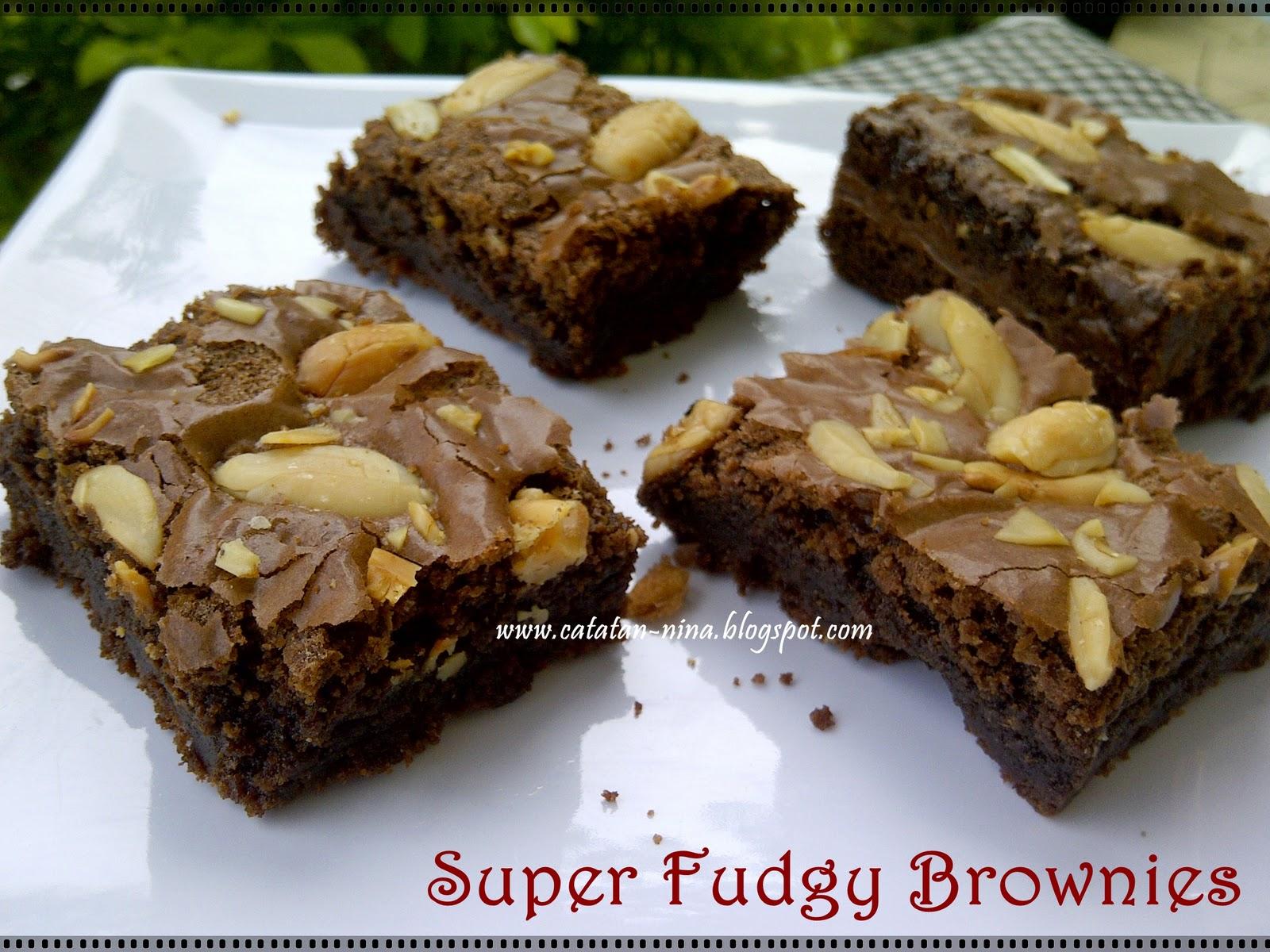 Super Fudgy Brownies by Dapoer HaHa