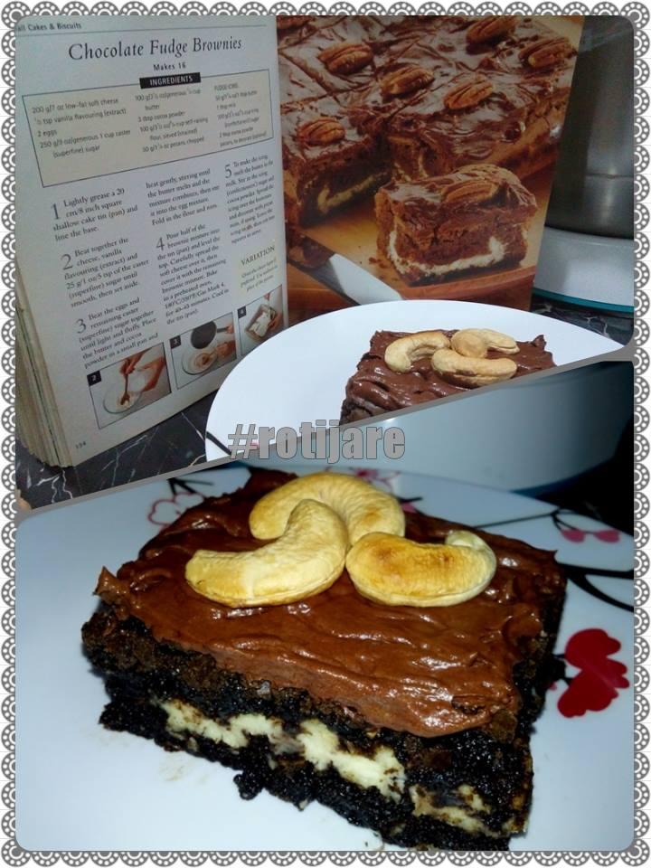 Chocolate Fudge Brownies by Niniet Firdausy
