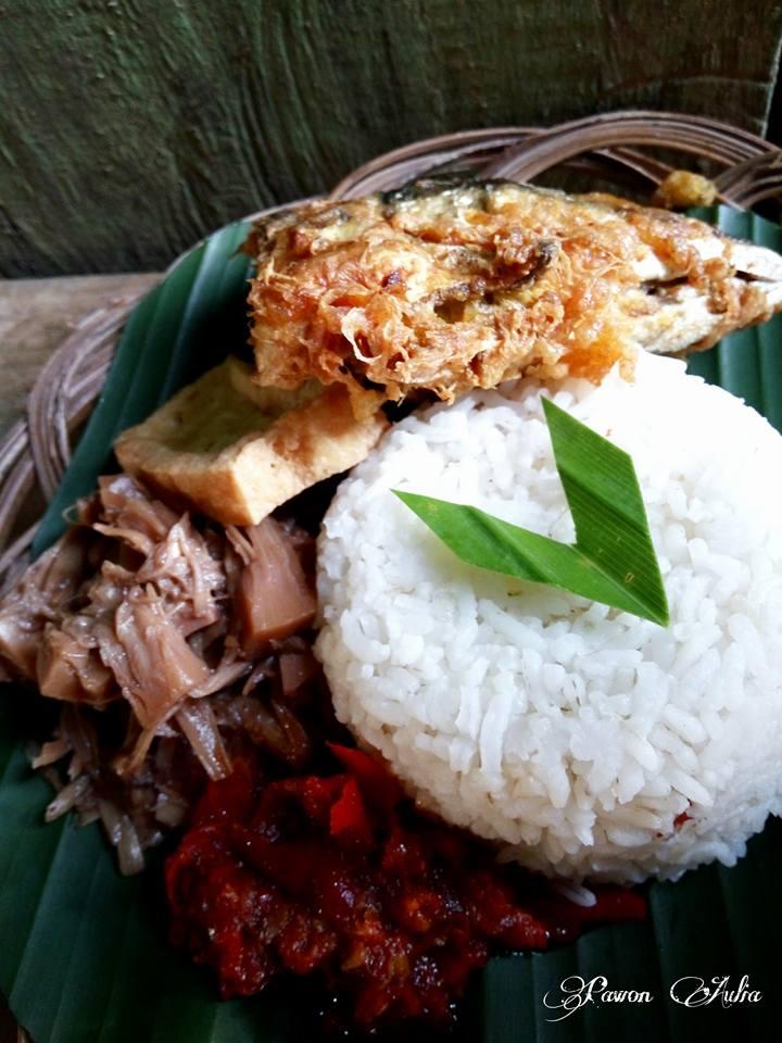 Gudeg Kuah Khas Solo by Nurfitriana Rosita Dewi
