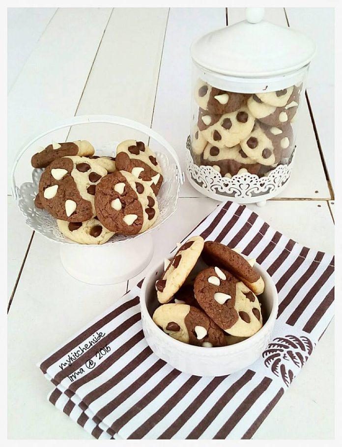Half and half Cookies by Andrianna Irma