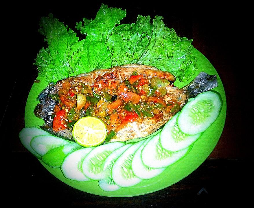 Ikan Bandeng Bakar by Ernydar Irfan