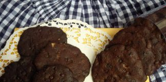 Oreo Choco Chips Cookies by Meida felici