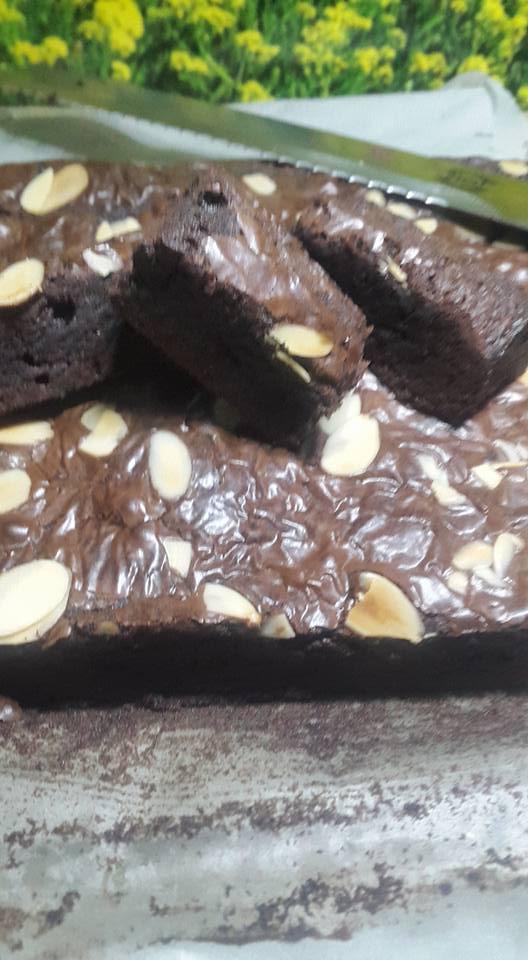 Brownies by Aning Miza