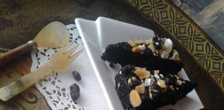 Dana's Extreme Chocolate Fudge Brownies by Nora Balbeid