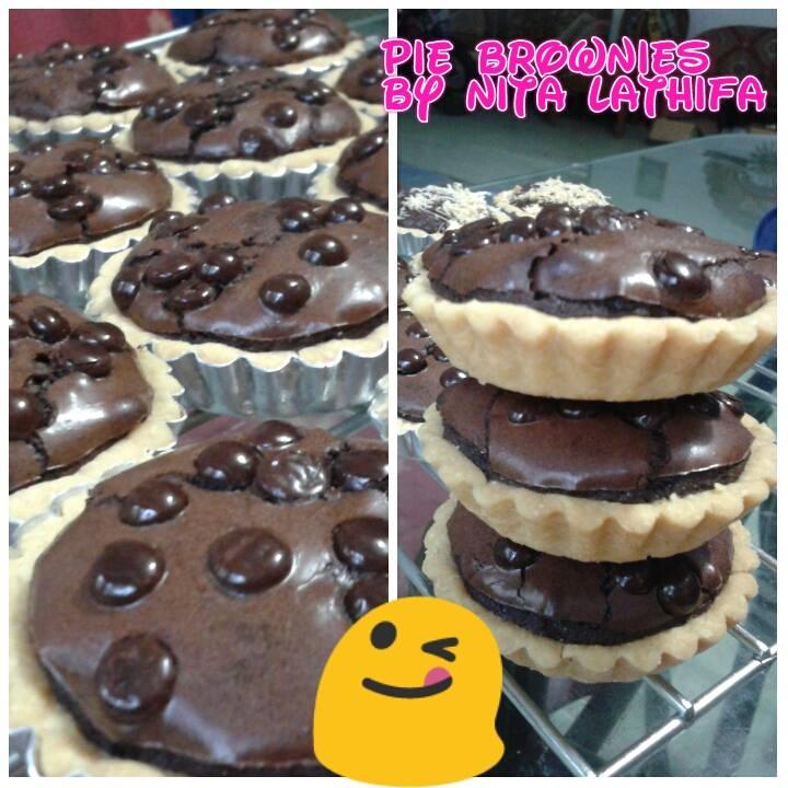 Pie Brownies by Nita Lathifa