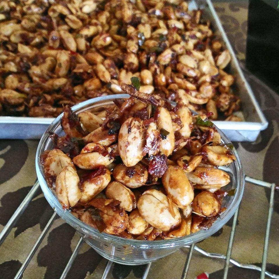 Kacang Thailand Pedas manis by Laisa Rachmanita