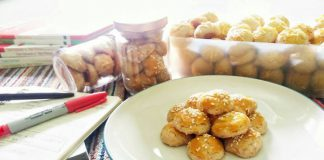 Kue Kacang Jadul by Stephanie Fabrian