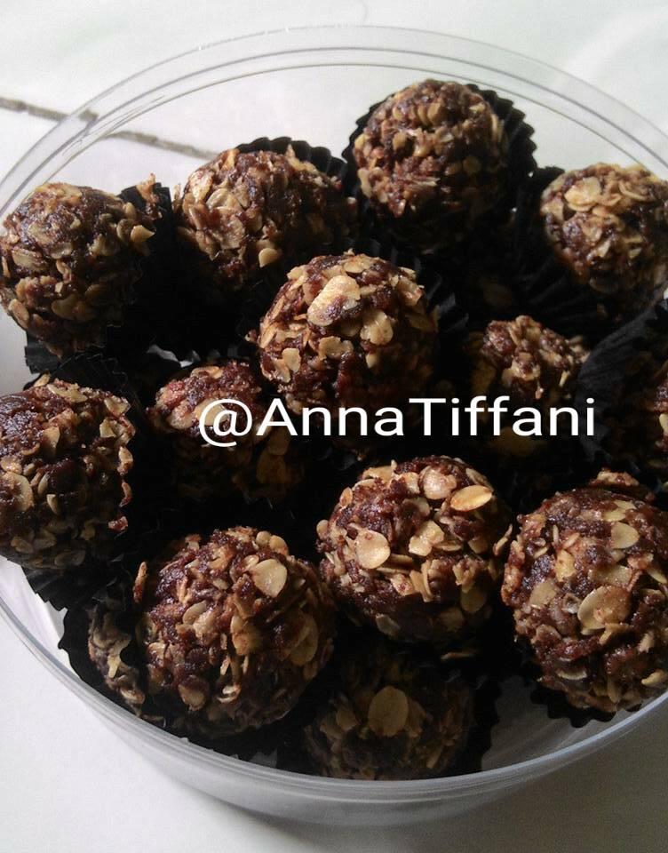Oatmeal Cookies Coklat by Anna Tiffani
