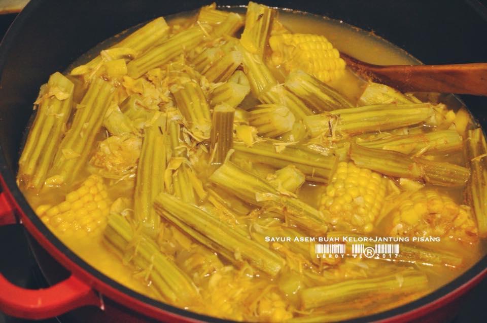 Sayur Asem Buah Kelor + Jantung Pisang by Vetrarini Leroy
