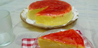 Strawberry Japanese Cheesecake by Intan Putriani