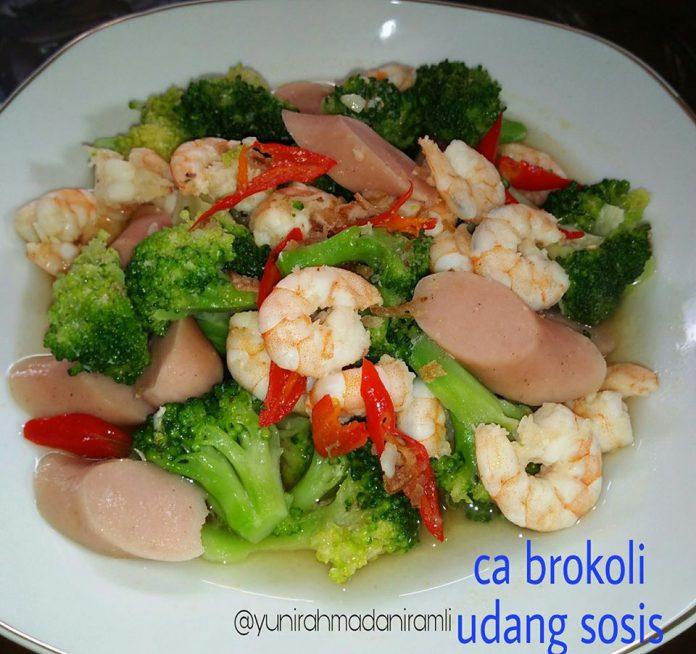 Ca Brokoli Udang Sosis by Yuni Rahmadani