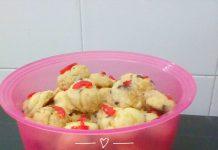 Red Pearl Cookies by Fatiha SaFali