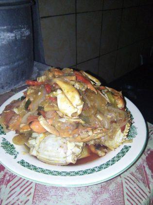 Kepiting Asem Manis by Bang Indrae