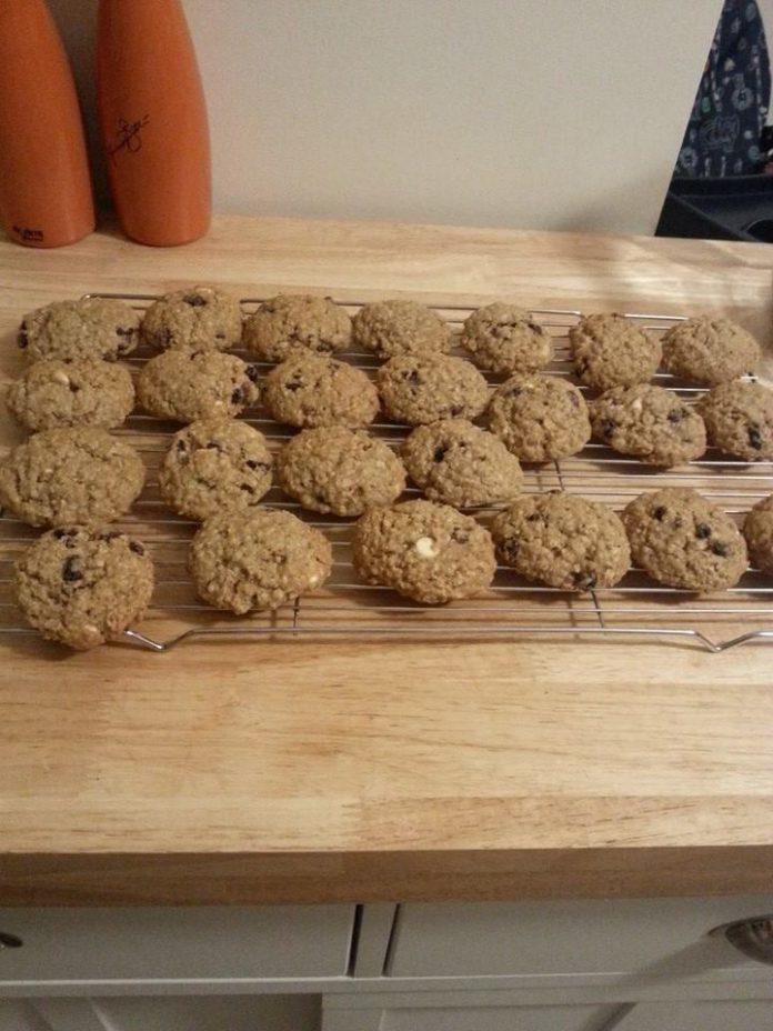 Oatmeal Cookies by Bunda Nabeel