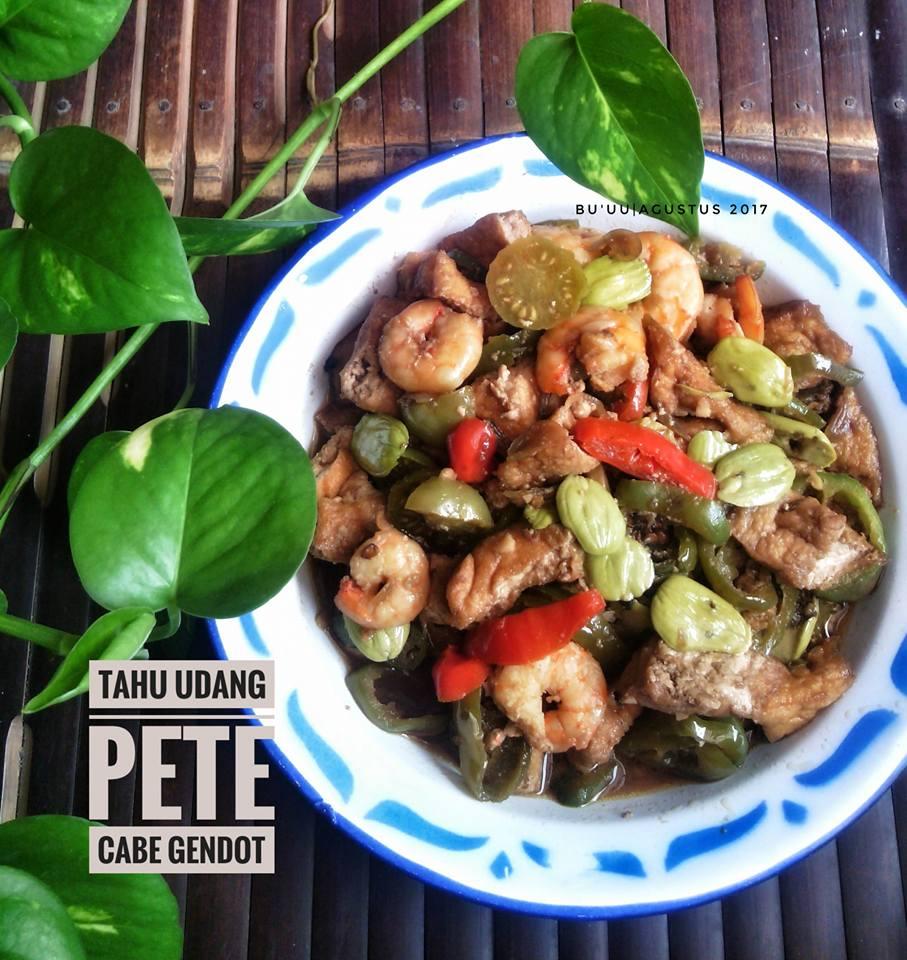Tahu Udang Pete Cabe Gendot by Dian Pravitasari