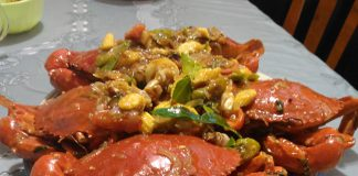 Kepiting Saus Padang with Baby Corn by Winda Hasan