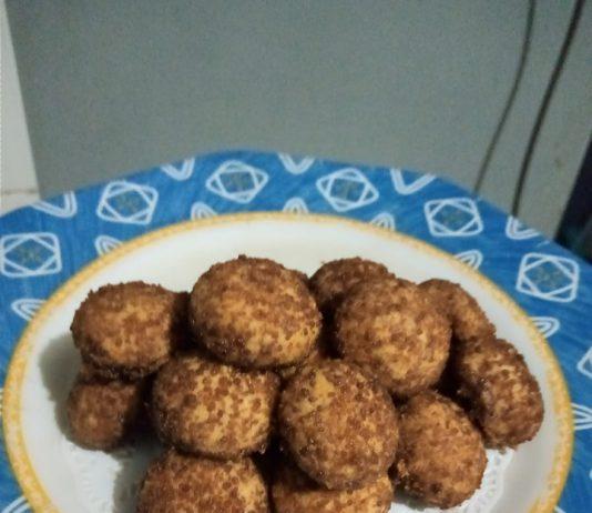 Palm Cheese Coconut Cookies by Noerhayati Arrasyid