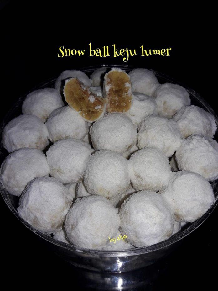 SNOW BALL KEJU LUMER by Neng Alya Dewina