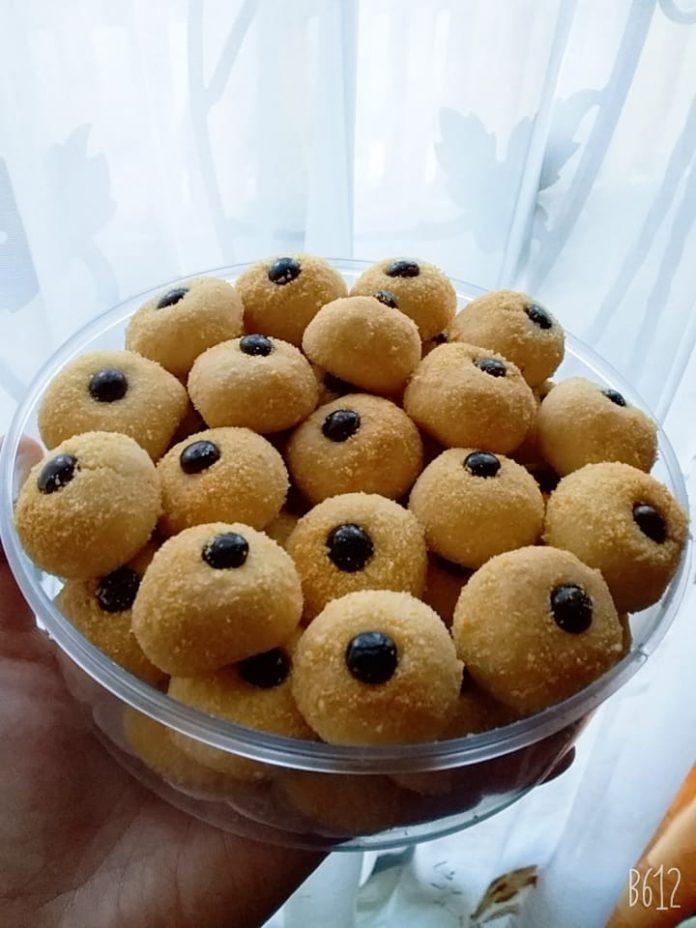 Kue janda genit by Yuli Dwi Primawati
