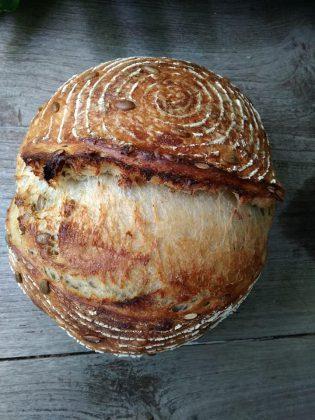Sourdough bread by Yanna Onana