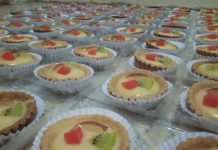 pie buah by Uphy Rachmadi