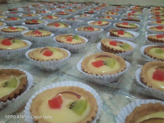 pie buah by Uphy Rachmadi