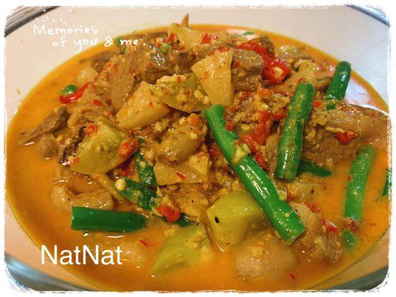 NatNat Lamb Curry (NatNat kari daging domba) by Talia Noelle Ayume 1