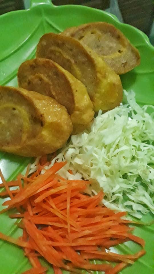 Egg chicken roll by Sari MamaYuki