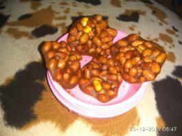 Ampyang kacang gula merah by Ati Yusuf