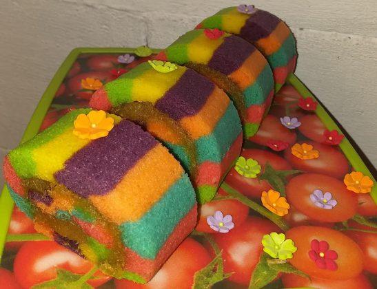 Bolu gulung Lapis warna warni by Yulia Lia 5
