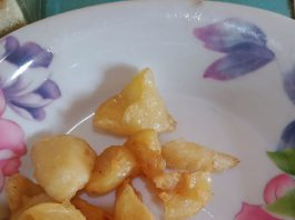 Salak Goreng by Azalea Wulan October