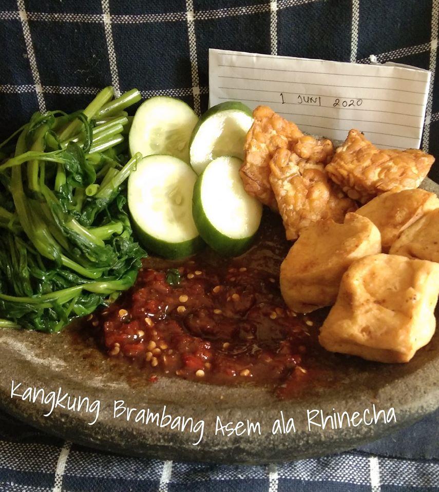Kangkung Brambang Asem by Rhinecha