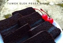 Brownies by Ayu Purbo Laras