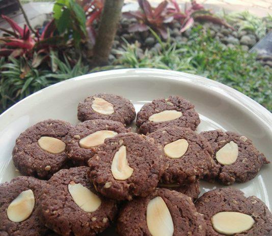 Oat Choco Cookies by Anugrah Yekti Rahayu