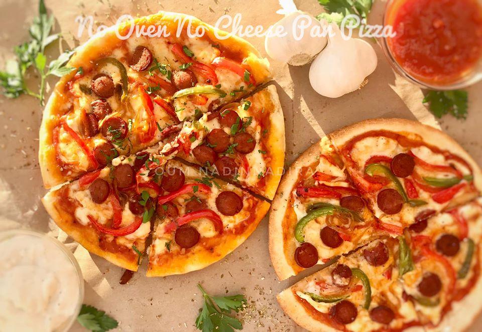 Pizza tanpa oven, tanpa keju dan ramah dikantong by Monica Mohamed Salah